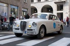 Beroemde ras retro auto's Mille Miglia Royalty-vrije Stock Foto's