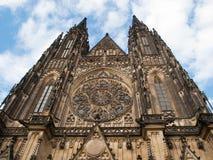 Beroemde StVitus-Kathedraal in Praag Stock Foto's