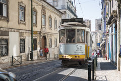 Beroemde tram in lissabon Royalty-vrije Stock Foto's
