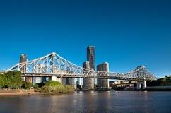 Beroemde van de Verhaalbrug & Rivieroever gebouwen in Brisbane Stock Foto's