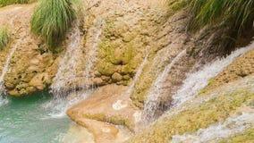 Beroemde watervallen Polilimnio in Griekenland stock footage