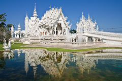 Beroemde witte kerk van Wat Rong Khun, Thailand Royalty-vrije Stock Afbeelding
