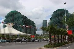 Beroemde wolkenkrabbers in de vorm van bomen en het theater waar de Misser World-de concurrentie wordt gehouden Stock Foto