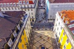 Beroemdste straat in Lissabon - Augusta Street - LISSABON - PORTUGAL - JUNI 17, 2017 Royalty-vrije Stock Afbeeldingen