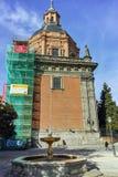 ?berraschende Ansicht von St. Andrew Church in der Stadt von Madrid stockfoto