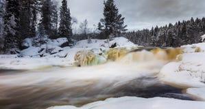 ?berraschende Beschaffenheit von Karelien, Fotos des Sonnenaufgangs und des Sonnenuntergangs, Nordlichter stockfoto