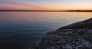 ?berraschende Beschaffenheit von Karelien, Fotos des Sonnenaufgangs und des Sonnenuntergangs, Nordlichter lizenzfreies stockbild
