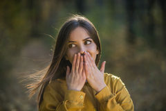 Überraschtes Mädchen Stockbild