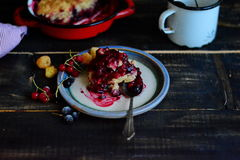 Berry Cobbler misto Fotografia Stock