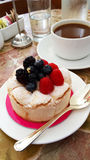 Berry Dessert e café foto de stock royalty free