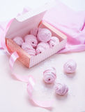 Berry marshmallow in a gift box on a pink background Royalty Free Stock Photography
