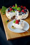 Berry no bake cheesecake Stock Photos
