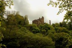 Berry Pomeroy Castle, Devon, Großbritannien stockfotos