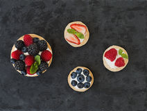 Berry and ricotta tarts Royalty Free Stock Photos