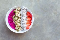 Berry Smoothie Bowl arkivbilder
