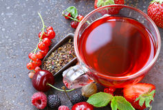 Berry tea with fresh currants, raspberries. And strawberries Royalty Free Stock Images