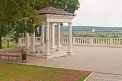 berså i parken Royaltyfri Fotografi