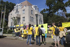 Bersih protest. THE HAGUE 29/08/2015 - Bersih protestant arranging boards and slogan in front the Ambassy of Malaysia at The Hague, Netherlands Royalty Free Stock Images