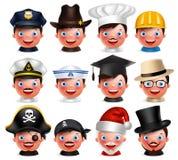 Berufavatarasatz des glücklichen Emoticon geht mit verschiedenen Hüten voran Stockfotografie