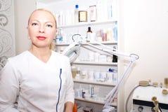 Berufscosmetologist. lizenzfreies stockbild
