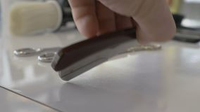 Berufsfriseursalonwerkzeuge stock video