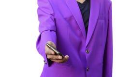 Berufsgeschäftsmann unter Verwendung eines intelligenten Handys auf weißem Hintergrund Stockfotografie