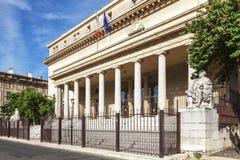 Berufungsgericht in Aix en Provence mit Statuen Stockbild