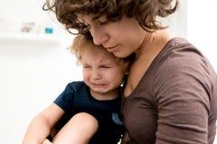 Beruhigen von Little Boy lizenzfreies stockfoto