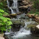 Beruhigendes Wasser Lizenzfreie Stockfotos