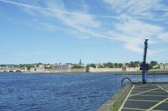 Berwick sobre las paredes del tweed, del río y de la ciudad imagen de archivo