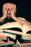 Überwältigt durch Homework Lizenzfreie Stockfotos