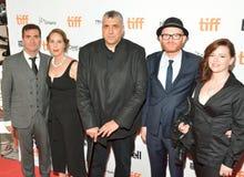 Besättning av ` familjeförsörjare`en på den Toronto Internationalfilmfestivalen Arkivbild