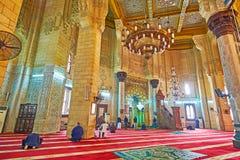Besök Abu al-Abbas al-Mursi Mosque i Alexandria, Egypten Royaltyfri Foto