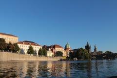 Besök Prague royaltyfri bild