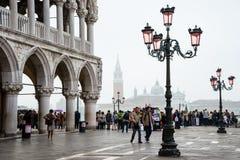 Besök till Venedig Fotografering för Bildbyråer