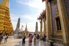 Besöka den storslagna slotten, Bangkok Royaltyfria Foton