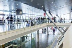 Besökare på den Frankfurt bokmarknaden 2014 Royaltyfria Foton