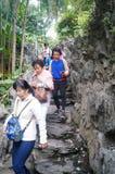 Besökare reste bergvägen Royaltyfri Fotografi