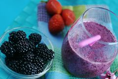 Bes smoothies royalty-vrije stock foto's