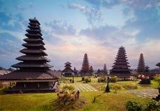 Besakih сложное Pura Penataran Agung стоковое изображение rf