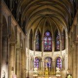 BESANCON/FRANCE - SEPTEMBER 13: Inre sikt av domkyrkan arkivfoto