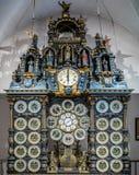 BESANCON/FRANCE - SEPTEMBER 13: Sikt av den astronomiska klockan arkivbild
