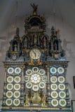 BESANCONS, FRANCE/EUROPE - 13 SEPTEMBER: Astronomische Klok in C royalty-vrije stock afbeeldingen