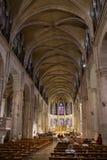 BESANCONS, FRANCE/EUROPE - 13 SEPTEMBRE : Cathédrale de St Jean dedans image libre de droits