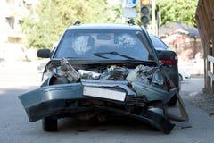 Beschädigtes Fahrzeug nach Autounfall Lizenzfreies Stockfoto