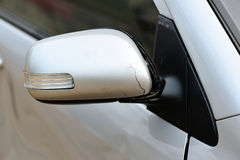 Beschädigtes Fahrzeug nach Unfall Stockbilder