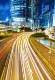 Beschäftigter Verkehr in der Stadt lizenzfreie stockfotografie