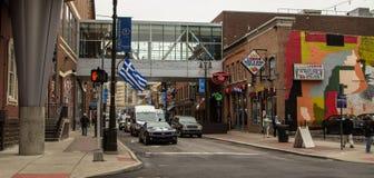 Beschäftigtes Stadt-Straßenbild Detroits Greektown Stockfoto