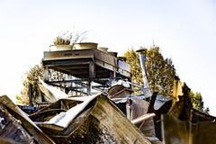 Beschadigd supermarktketelruim met ventilatie, turbine, na brandstichtingsbrand met intense brandende brand van het brandwond de  royalty-vrije stock foto