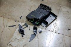 Beschadigde batterijlader Stock Afbeelding